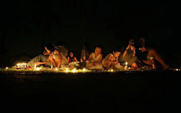 Earth Hour by candlelight - Singapore