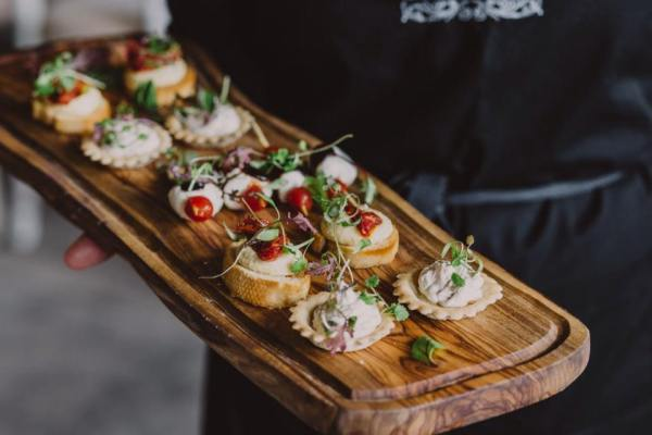 arches-food-canapes